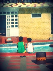 [taken last week (summer outing) at Tagaytay, Philippines] i don't know these boys -- i assume they are brothers, but it was nice seeing them enjoying each others company by the pool. how about a good brother's talk? :)